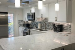 Bright and white kitchen remodeling in Fort Lauderdale, Florida